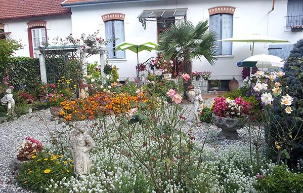 Mairie de Séméac - Jardin fleuri